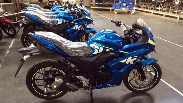 Fully faired Suzuki Gixxer SF