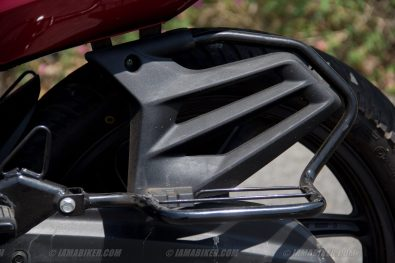 Honda CB Unicorn 160 CBS saree guard
