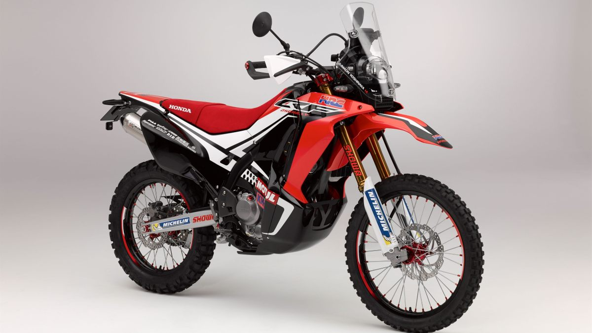 Honda CRF250 Rally concept - front three quater view