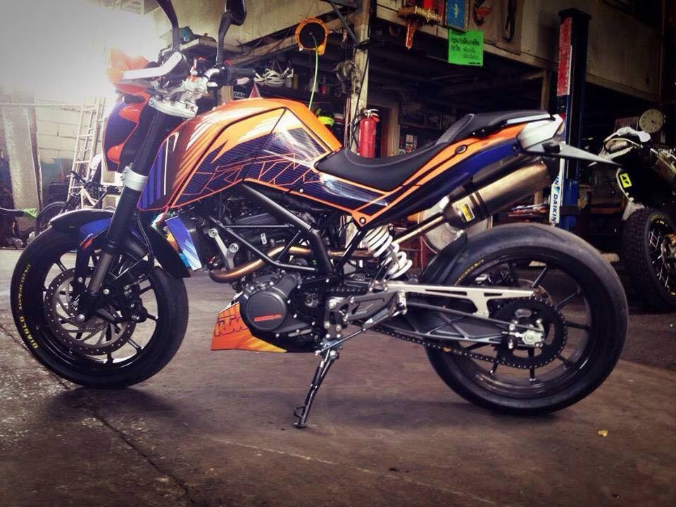 Modified KTM Duke