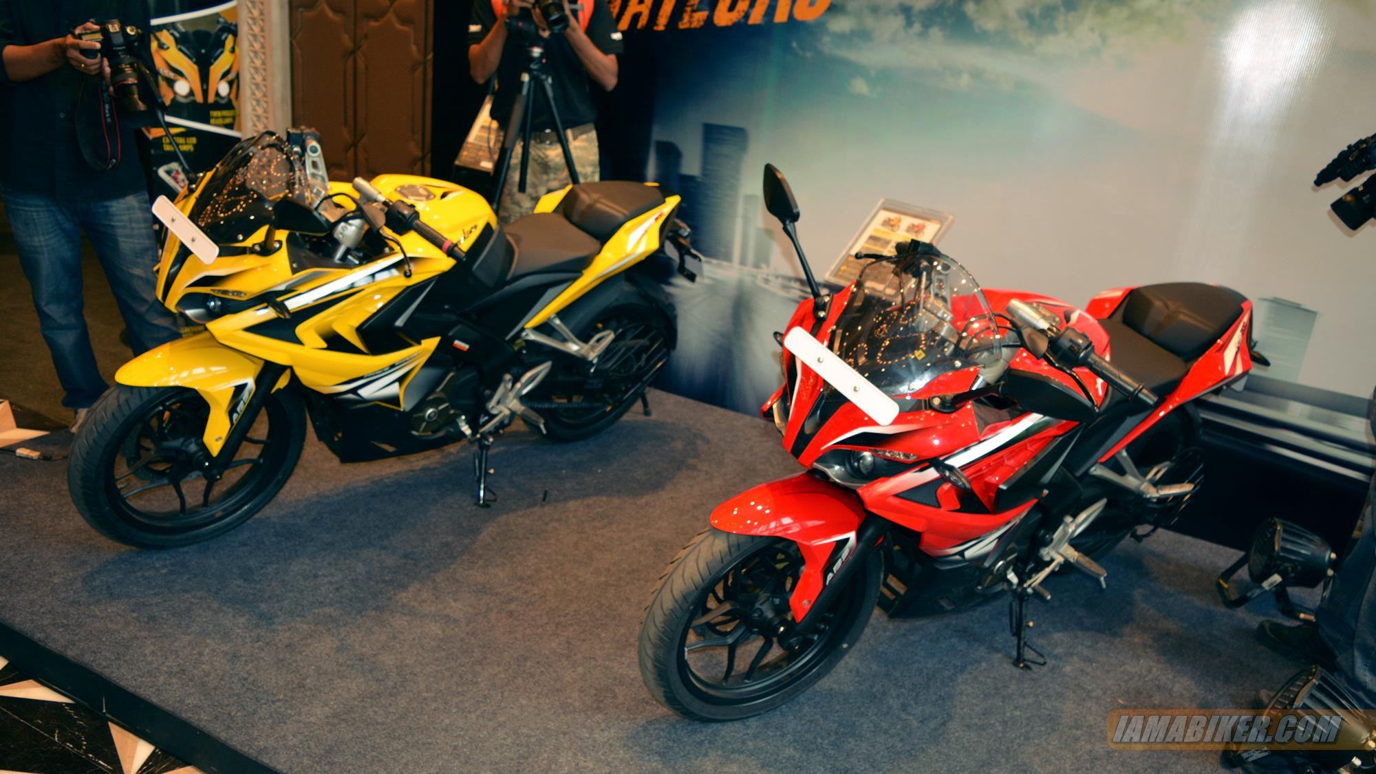 Pulsar RS 200 all colour options