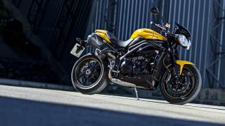 2015 Triumph Speed 94 HD wallpaper