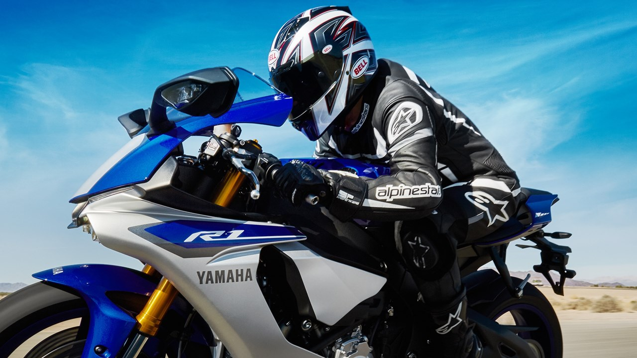 2015 Yamaha YZF R1 now in India