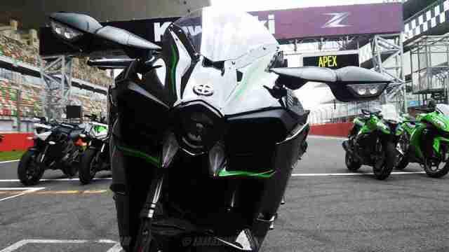 Kawasaki Ninja H2 launch at Buddh International Circuit - BIC India