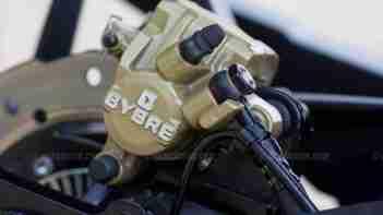 Pulsar RS 200 back brake calliper close up