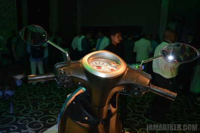 Yamaha Fascino handle bar and meter