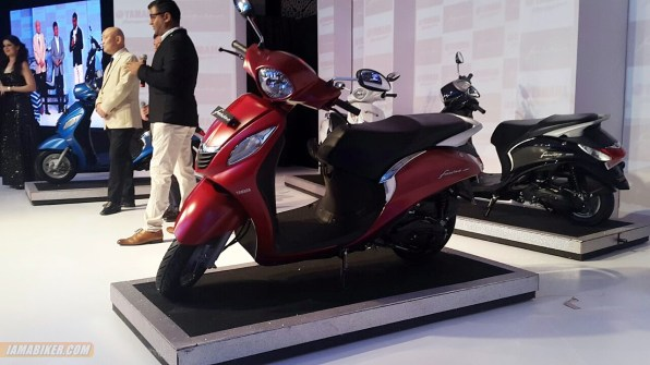 Yamaha Fascino red colour option