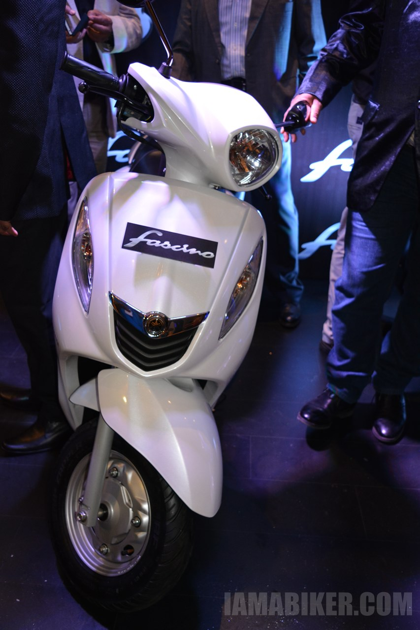 Yamaha Fascino white colour option