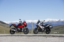 2015 BMW S1000XR red and white colour option