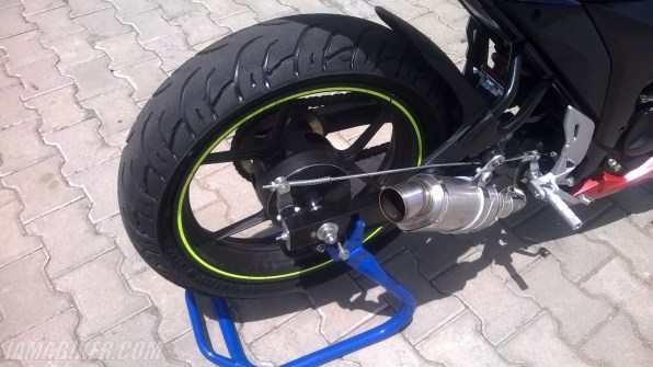 Suzuki Gixxer SF race spec exhaust