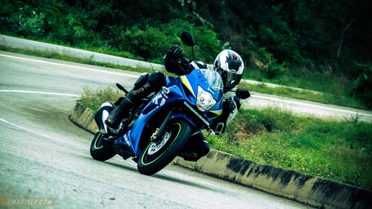 Suzuki Gixxer SF review handling and braking