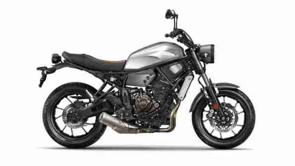 2016 Yamaha XSR700 side view