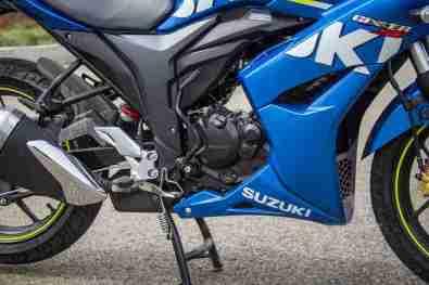 Suzuki Gixxer SF images - engine