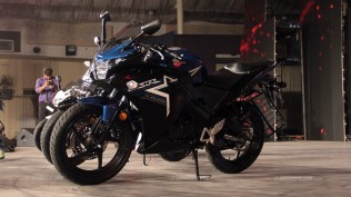 2015 Honda CBR150R blue colour option