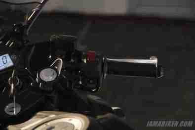 Yamaha YZF-R3 right switch gear