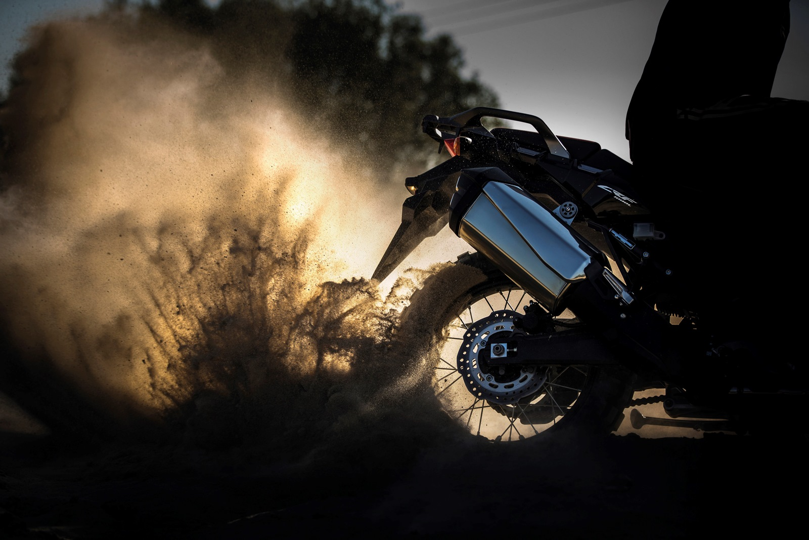 2016 Honda CRF1000L Africa Twin burnout