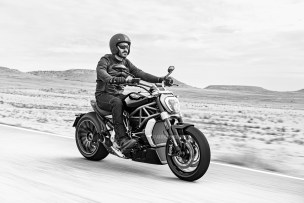 2016 Ducati XDIAVEL S action