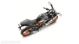 New updated 2016 KTM RC390 unveiled