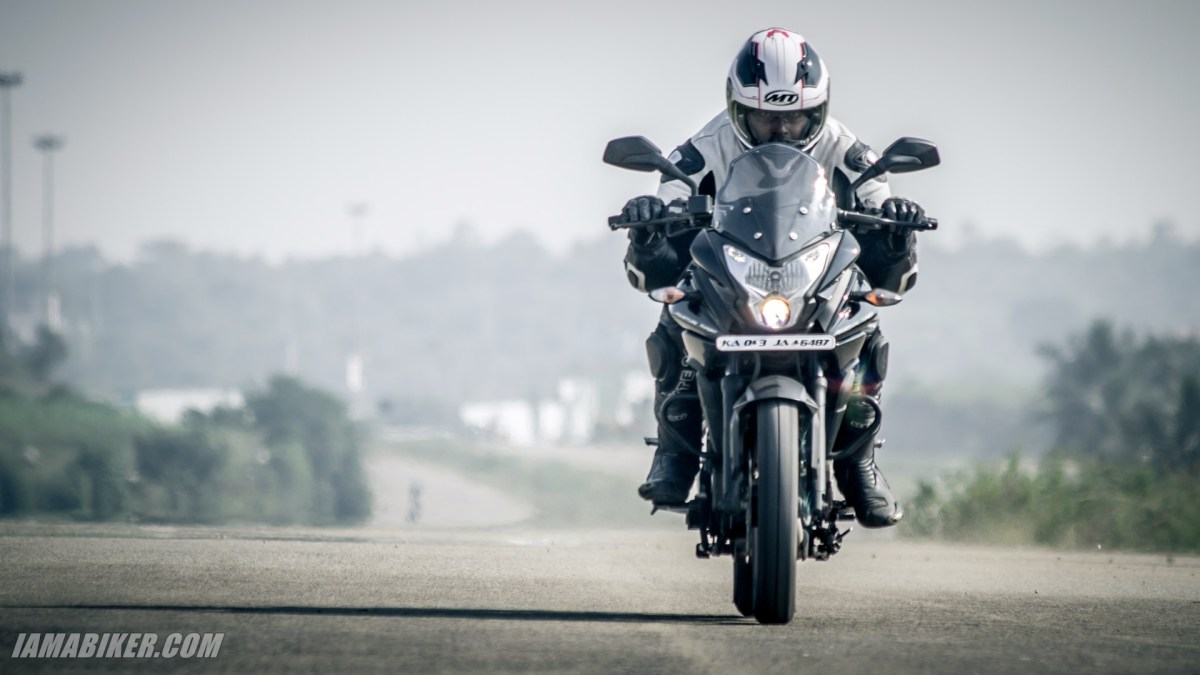 Pulsar AS 200 review engine, performance and mileage