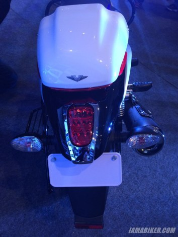 Bajaj V tail section