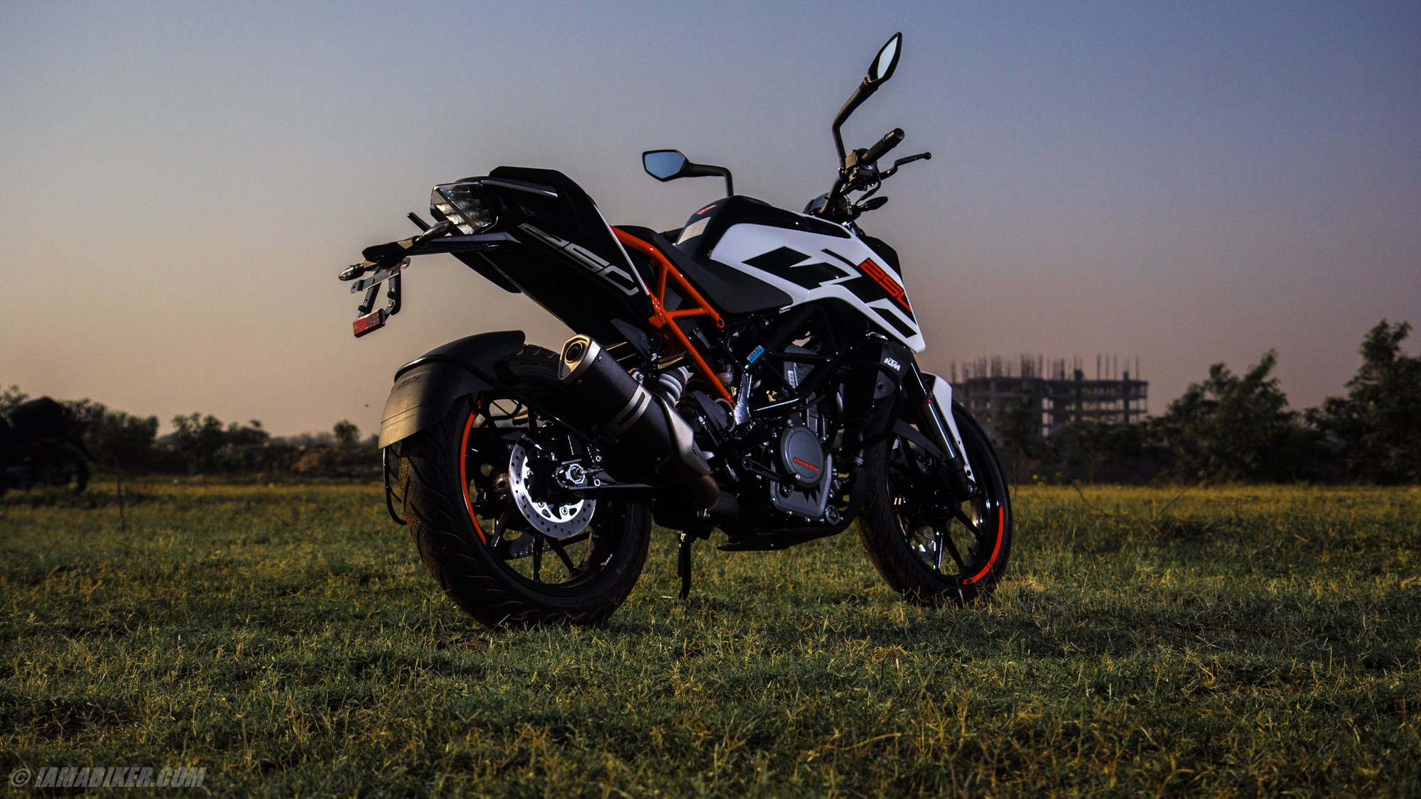 Ktm Duke 250 Hd Wallpapers Iamabiker Everything Motorcycle