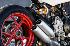 Ducati SuperSport S silencer