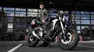 2018 Honda CB300R images