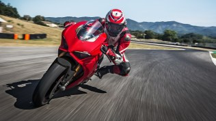 Ducati Panigale V4 S images