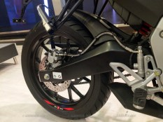 Aprilia RS 150 and Tuono 150 swing arm and tyre