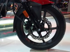 Honda XBlade front disc and tyre
