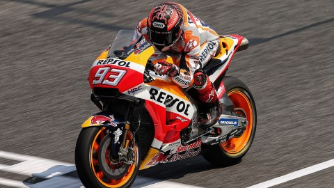 Marc Márquez signs with Honda for 2 more years