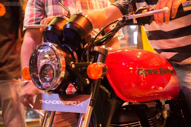 Thunderbird 350X headlight and tank