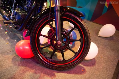 Thunderbird 350X alloy wheel