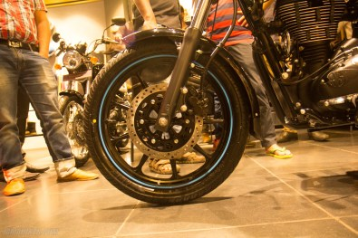 Thunderbird 500X alloy wheel