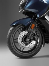New Honda Forza 300 front disc and suspension