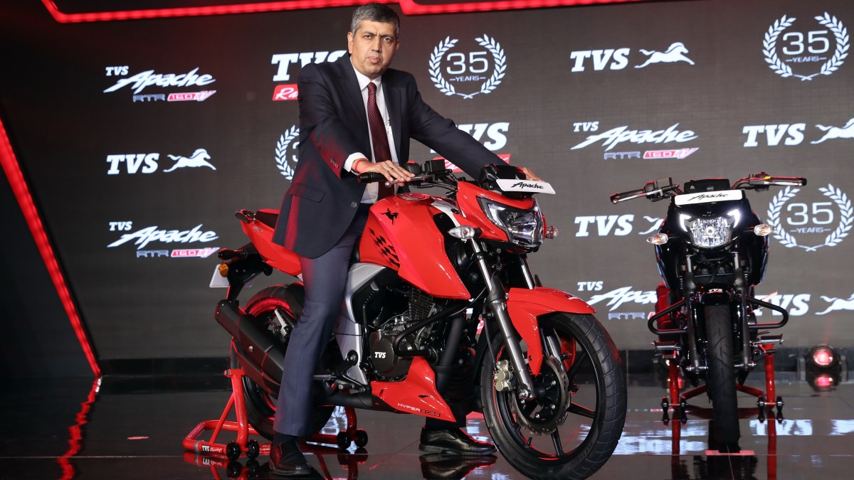 TVS Apache RTR 160 4V launched with 3 variants