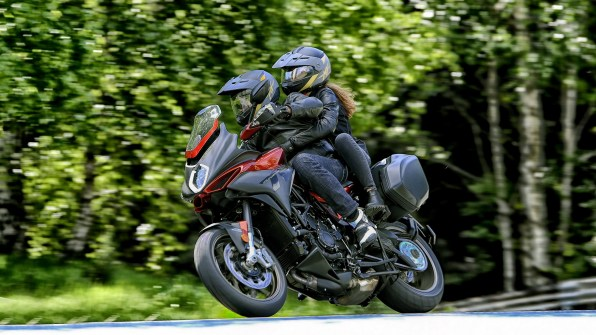 MV Agusta Turismo Veloce 800 Lusso HD wallpapers