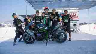 Kawasaki Ninja H2 with Team 38 sets World Record at Bonneville