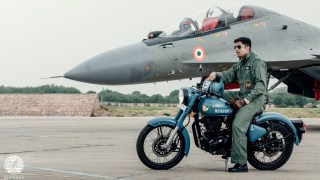 Royal Enfield Signals Airborne Blue - HD wallpaper