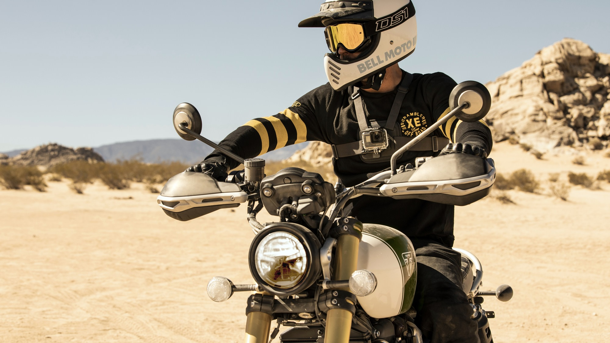 Triumph Scrambler 1200 Xc And Xe Detailed Look Iamabiker