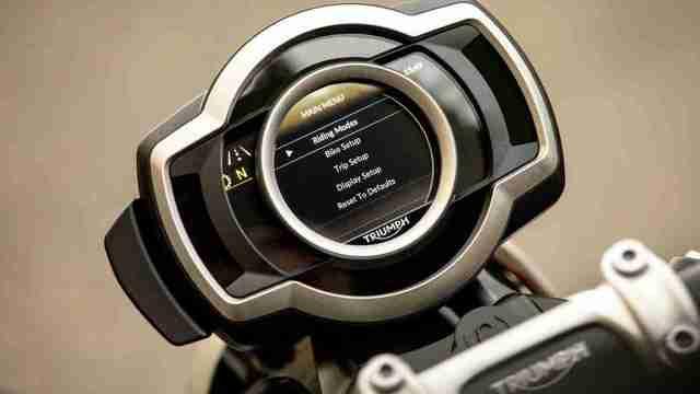 Triumph Scrambler 1200 XC TFT dash