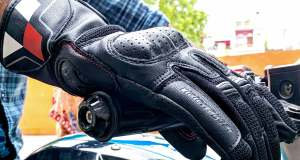 ViaTerra Holeshot gloves-side view