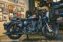 BS6 Royal Enfield Classic 350 Stealth Black with alloys
