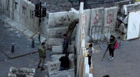 الجيش اللبناني يمنع المتظاهرين من الوصول لمقر البرلمان