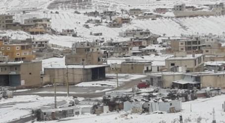 أوضاع مأساوية يعيشها اللاجئون في عرسال بسبب الثلج والصقيع