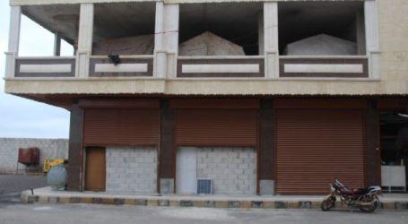 أسواق ومحال تجارية تحولت إلى مأوى للنازحين في مدينة مارع