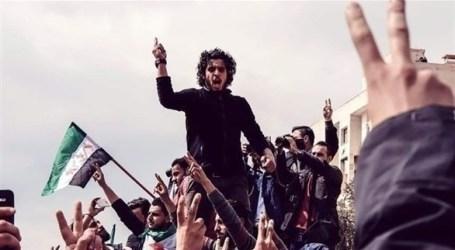 """الساروت """"بلبل الثورة"""" حاضرا في قلوب السوريين بالذكرى الأولى لرحيله"""