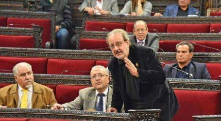"""وضاح مراد عضو """"مجلس الشعب"""" يحذر السلطة السورية من توقف معامل الأدوية"""