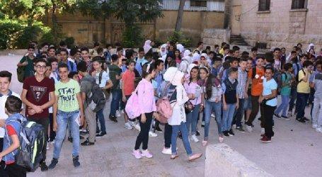 بدء العام الدارسي في مناطق السلطة السورية يثير غضب المواطنين في زمن كورونا