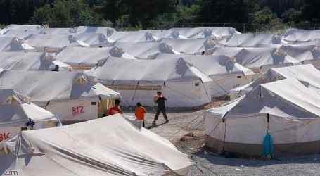 وعود يونانية بإنشاء مركز دائم للمهاجرين